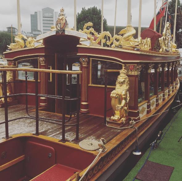barge royale Elisabeth II Gloriana