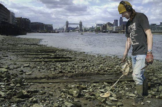 Thames foreshore mudlarking
