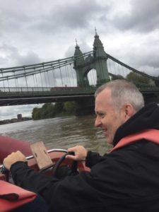 Hammersmith Bridge apprendre naviguer Tamise