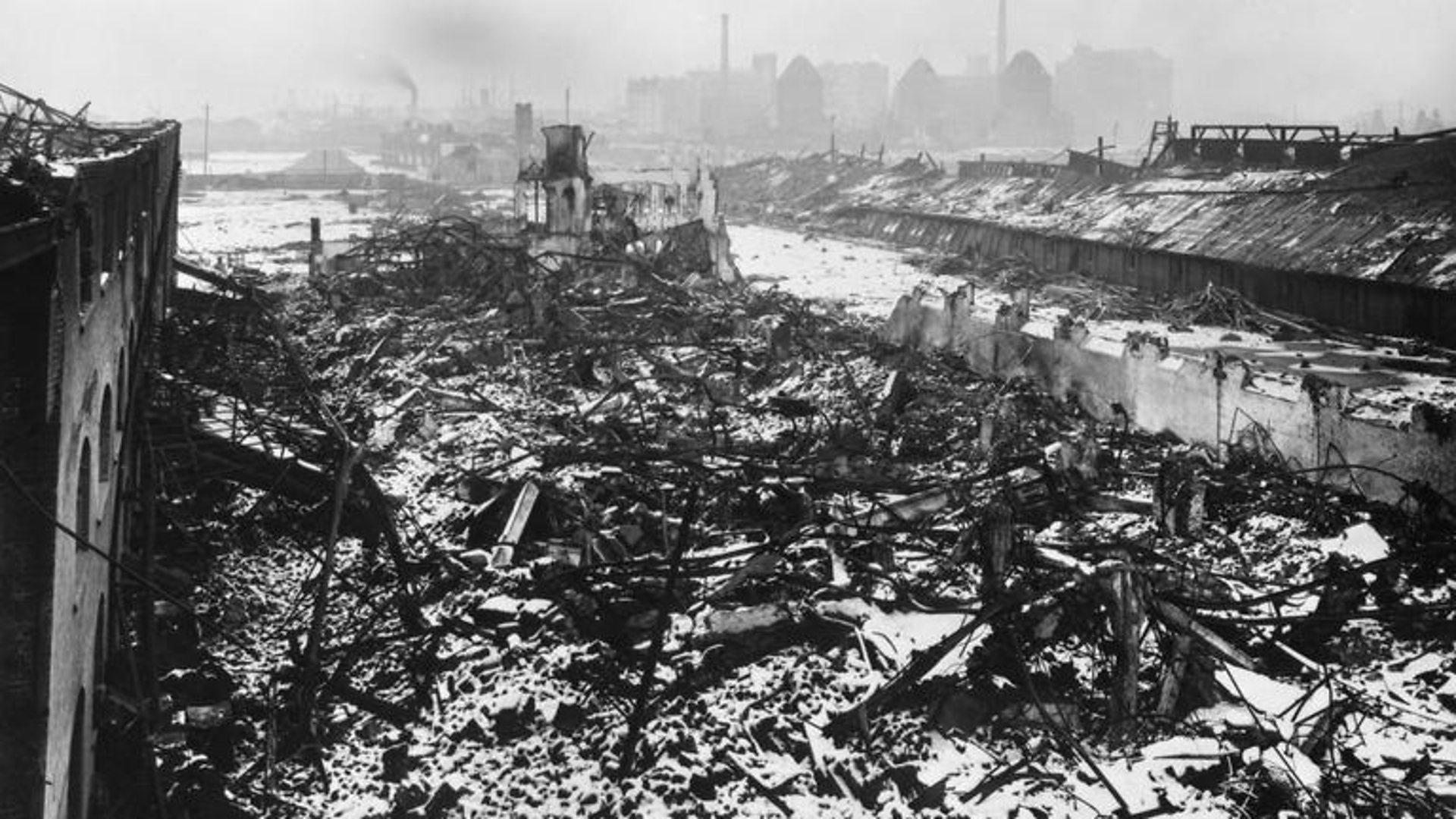 ravages causes par l explosion Brunner Mond and Co Silvertown