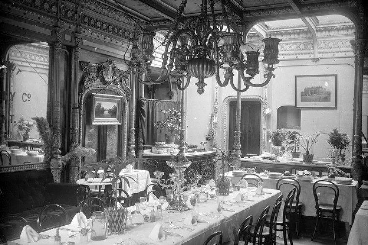 salle a manger Great Eastern